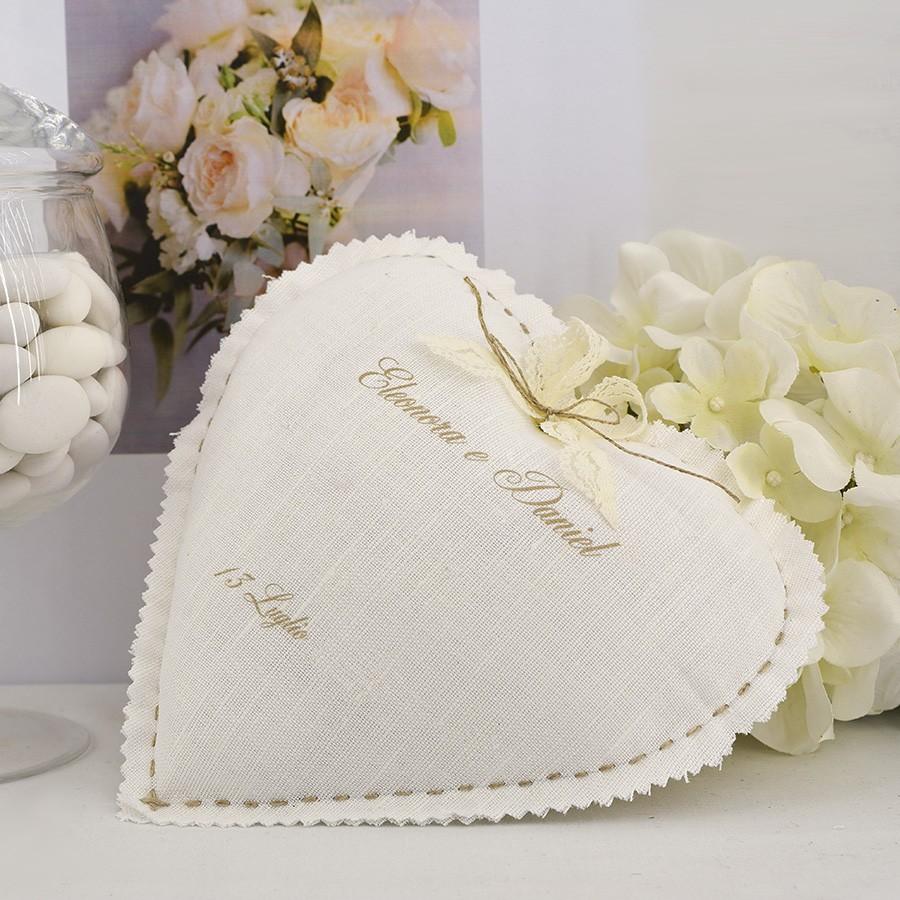 Cuscino porta fedi a forma di cuore